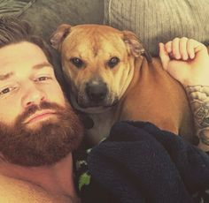 Jordie Benn relaxing with his dog Juice Hockey Teams, Hockey Players, Ice Hockey, Jordie Benn, The Other Guys, Man And Dog, National Hockey League, Romance Novels, Mans Best Friend