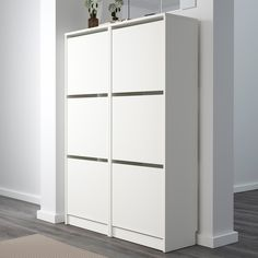 IKEA - BISSA, Shoe cabinet with 3 compartments, white, Helps you organise your shoes and saves floor space at the same time. You can easily adjust the space in the shoe compartments by moving or taking away the dividers. 12 pairs of shoes. Ikea Shoe Cabinet, Tall Cabinet Storage, Locker Storage, Ikea Shoe Storage, Shoe Cabinets, Ikea Bissa, Small Parts Storage, Ikea Family, Bedroom Bed Design