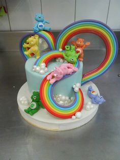 rainbow decorated cake - Buscar con Google