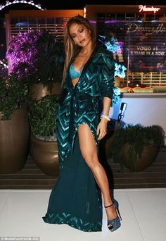 Jennifer Lopez throws second birthday bash in Vegas J Lo Fashion, Fashion Outfits, 2010s Fashion, Billboard Music Awards, Playboy, Janet Jackson Videos, Pictures Of Jennifer Lopez, Style Casual, My Idol