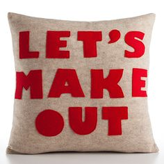 I want this pillow!