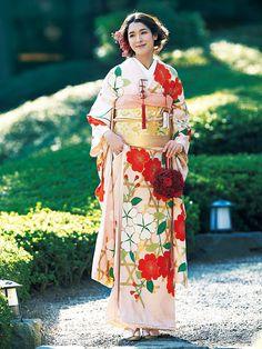 Japanese Costume, Japanese Kimono, Traditional Wedding Attire, Traditional Outfits, Kabuki Costume, Kimono Dress, Kimono Style, Japanese Wedding, Japanese Outfits