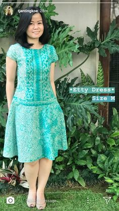 Latest African Fashion Dresses, African Print Dresses, African Dress, Model Dress Batik, Batik Dress, Dresses For Teens, Simple Dresses, Mode Batik, Frock For Women