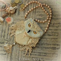 Snowy owl beaded necklace - coin bag with owl. Necklace Bead Embroidery Art from ElenNoel on Etsy. Owl Jewelry, Beaded Jewelry, Handmade Jewelry, Beaded Necklace, Owl Necklace, Necklaces, Jewellery, Beaded Purses, Beaded Bags