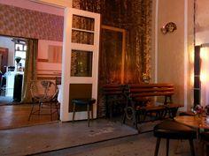 Wohnzimmer Berlin: vintage cafe at Prenzlauergberg