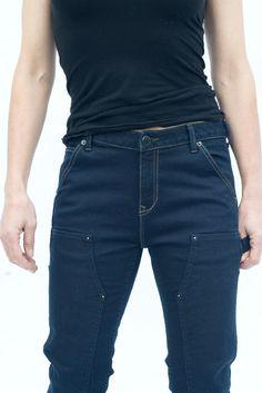 Maven Slim in Black Stretch Denim