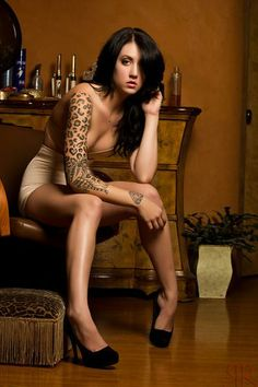 LEAH :: Inked Girls :: Tattooed Girls Model Search