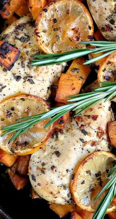 Lemon Rosemary Chicken Breast Recipe ~ It's simple, flavorful, healthy, super delicious and oh-so-easy to prepare! I