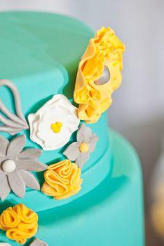 Turquesa, amarillo y gris, ¡inspiración de boda!   Bodas