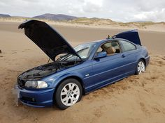 Look out! 6 hilarious cases of cars who were hit by karma and got stuck in the sand! Got your car stuck on the beach? Also see how to get unstuck from the sand, by yourself! Beaches. They are all about sun, tan, swimming. All those, except for cars. Sands do have something with cars. Have you not s
