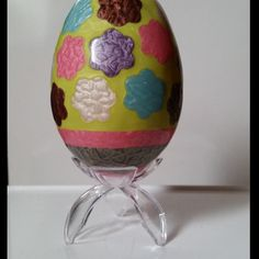Oeuf d'oie décoratif Fleurs (avec support) : Accessoires de maison par elena-moeri-creatrice-de-bijoux-et-objets-decoratifs
