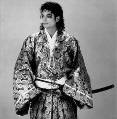 MJ large Sexy Kimono