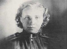 1 августа 1943 года в воздушном бою погибла младший лейтенант Л. Литвяк — самая результативная из летчиц-истребителей. Лидия не вернулась из боя, поиски её ни к чему не привели.