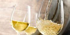 Einfach Wein und Wasser zusammenschütten, fertig ist die Schorle. Doch so einfach ist es auch wieder nicht. Der Sommertrend ist definitiv die Weinschorle.