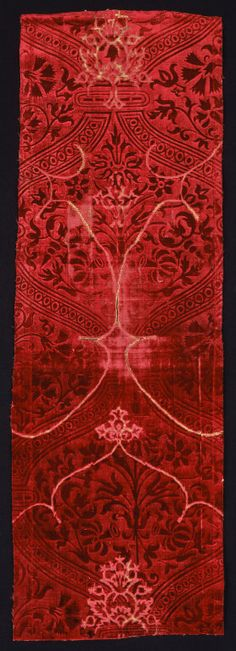 Italy - silk, satin weave voided velvet panel, 15th c.