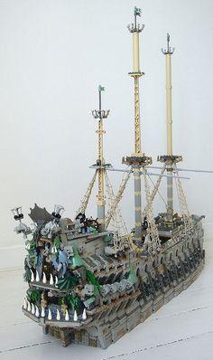 flying dutchman Bloc Lego, Minifigura Lego, Lego Boat, Lego Minecraft, Bateau Pirate Lego, Lego Pirate Ship, Lego Sets, Lego Sculptures, Amazing Lego Creations