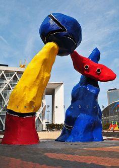 La Défense, sculpture by Joan Miró Pablo Picasso, Abstract Sculpture, Sculpture Art, Sculptures, Surrealism Sculpture, Joan Miro Pinturas, Musée National D'art Moderne, Joan Miro Paintings, Ecole Art
