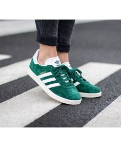 finest selection 67520 9ca70 Adidas Gazelle Womens Shoes In Green White Gold Adidas Gazelle Outfit, Adidas  Gazelle Women,