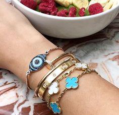 Staying #healthy and staying #fabulous with @styledbyshishi 💋✨ . . . . . #healthyfood #foodporn #beauty #armstack #gold #blue #beautiful #girl #style #chic #trendsetter #fashion #handmadejewelry #jewelryaddict #jewelrygram #igjewelry #igfashion #jewelryforsale #jewelryoftheday #jewelryporn #postoftheday #indiebusiness #smallbusiness #evileye #eyestunnish Girl Style, Food Porn, Handmade Jewelry, Chic, Healthy, Gold, Blue, Beautiful, Instagram