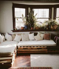 suggestion comment fabriquer un canapé en palette, jolie suggestion meuble en palette confortable