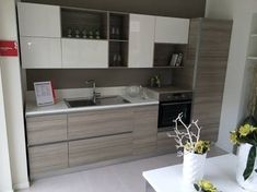 Cucina Stosa Milly: il #design funzionale, in #laminato castagno ...