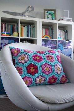 African Flower Cushion - Love everything in this pic Craftmumship hoping my mum will make this for me in these colours for my birthday - hint :-)