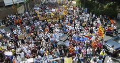 Matar, matando… Nos asesinan, sí, los chavistas nos asesinan. Desde el 3 de febrero de 1992, Hugo Chávez mostró sus babas hambrientas de sangre venezolana.