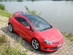 Opel Astra GTC BiTurbo ... First Tracktest with the 195 hp Diesel