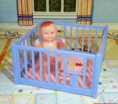 "Renwal PLAYPEN & BABY DOLL - Vintage Dollhouse Furniture 3/4"" fits Ideal Marx"
