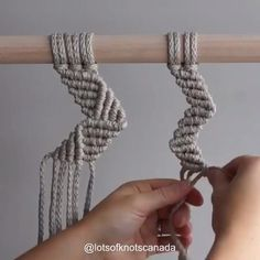 *Please note: This video teaches you 3 different zig zag patterns. It focuses on the patterns not the knots. Macrame Design, Macrame Art, Macrame Projects, Macrame Knots, Art Macramé, Macrame Wall Hanging Patterns, Free Macrame Patterns, Geometric Patterns, Micro Macramé