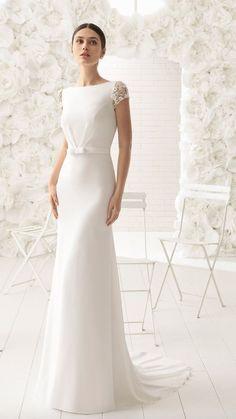 69eacd65ca8 Courtesy of Rosa Clara Wedding Dresses  www.rosaclara.es en Rosa Clara