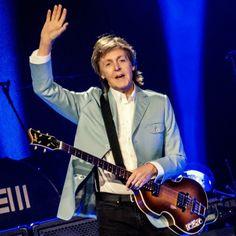 Paul McCartney rocks Chicago http://paulmccartney.filminspector.com/2014/07/paul-mccartney-rocks-chicago-july-9-2014.html