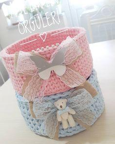 Abla kardeş sepet takimi hazir güzel günleriniz olsun herzaman siparis icin dm den ulasabilirsiniz İplerim@iplikci_nf Tig no9 numara @applewhitecrochet #örgü #örgülerim #örmeyiseviyorum #penyeip #sepet #penyesepet #crochet #crossstitch #knit #knitting #erkekbebek #kizbebek #bebekodasi #cocukodasi #vintagehome #vintagedecor #annevebebek #bebeksepeti #babyshower #bakimsepeti #oyuncaksepeti #süsleme #pastel #mavi #pembe #fallow #fallowers #followforfollow #instalike #instafallow