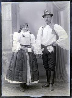 Folk clothing from Strážnice (Czech Republic). Folk Clothing, Czech Republic, European Countries, Folklore, Dancers, Clothes, Collection, Beautiful, Dresses