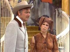 The Carol Burnett Show - Went With the Wind (full episode) Carol Friends, Friends Tv, Lyle Waggoner, Funny Comedians, Comedy Clips, Carol Burnett, Harvey Korman, Thanks For The Memories, Vintage Tv