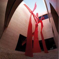 ARNE QUINZE Art Installations, Installation Art, Red Artwork, Sculpture Metal, Marbella Spain, Small Sculptures, Colour Inspiration, Design Museum, Public Art
