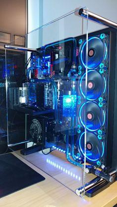 Thermaltake Core with EKWB water cooling. Thermaltake Core with EKWB water cooling. Gaming Computer Setup, Gaming Pc Build, Gaming Room Setup, Gaming Pcs, Computer Build, Pc Setup, Computer Case, Watercooling Pc, Desktop