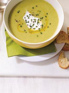 Ricardo& recipe: Cream of Zucchini Soup Zuchinni Soup, Creamy Zucchini Soup, Bake Zucchini, Cauliflower Soup, Fusilli, Ayurveda, Vegan Zucchini Recipes, Healthy Zucchini, Soup Recipes