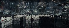 Star Wars: The Last Jedi movie still. See the movie photo now on Movie Insider. Star Wars Film, Ver Star Wars, Star Wars Watch, Saga, Luke Skywalker, Star Wars Episode 8, Episode Vii, The Last Jedi Trailer, Starwars