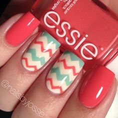 sixteen Zig-Zag Nail Artwork Styles To Try This Spring | Nail Design