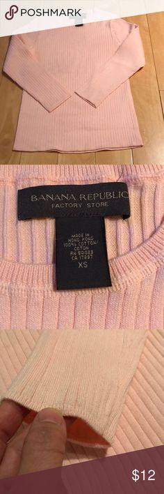 Banana Republic cotton top NWOT Banana Republic cotton top, never worn, very soft and nice pale pink color. Banana Republic Tops Tees - Long Sleeve