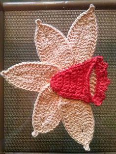 Ravelry: Project Gallery for Daffodil Potholder pattern by Lily Mills Company