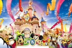 Of course! Any Disney place! Disneyland Paris, Google Earth, Disney Posters, Opening Day, Old And New, Famous People, Postcards, Characters, Spaces
