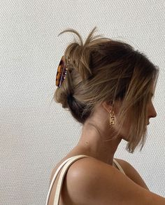 Hair Streaks, Hair Highlights, Hair Day, New Hair, Girl Hair, Hair Inspo, Hair Inspiration, Brown Blonde Hair, Aesthetic Hair