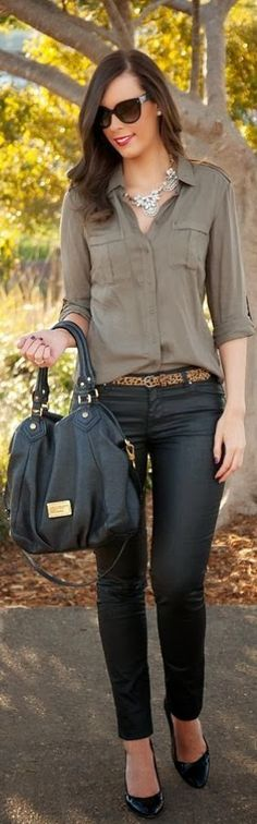 Gorgeous Fall Outfit with Lovely Accessories