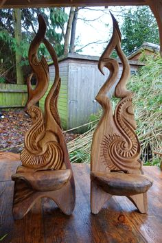 blog.lisacoxdesigns.co.uk wp-content uploads 2013 08 Chairs-by-chainsaw-sculptor-Ella-Fielding.jpg