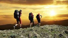 Here Are The Best 10 Trekking accessories List. These Are The Important Things To Carry While Trekking. Checklist Of The Essential Things For Trekking. Thru Hiking, Hiking Tips, Hiking Gear, Trekking Gear, Hiking Shoes, Bali, Activities In Singapore, Best Hiking Backpacks, Nature
