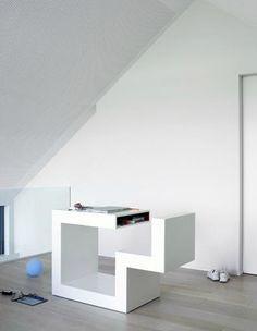 Secretária em madeira / design original / profissional / com compartimento de arrumação B-URO by Anita Nevens COLECT