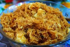 Ingredients: Vermicelli Noodles (Seviyan), preferably thin ones – Cup Water– 1 Cup Sugar – around cup or adjust according to your taste Green cardamom powder (Chhoti elaichi) – ½ tsp Raisi… Rice Recipes, Indian Food Recipes, Dessert Recipes, Cooking Recipes, Healthy Recipes, Ethnic Recipes, Kebab Recipes, Easy Desserts, Essen