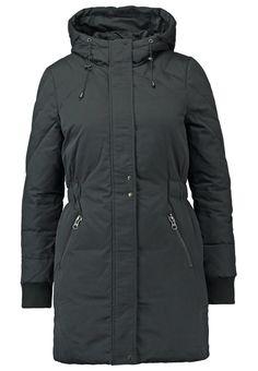 Mit dieser Jacke bist du up to date. YAS YASFLAKE - Wintermantel - black für 149,95 € (16.11.15) versandkostenfrei bei Zalando bestellen.